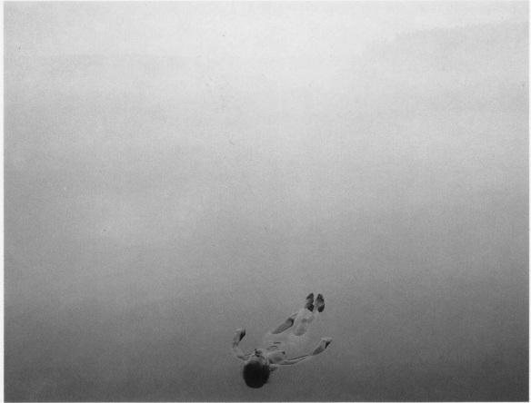 Blanka, floating chancelade
