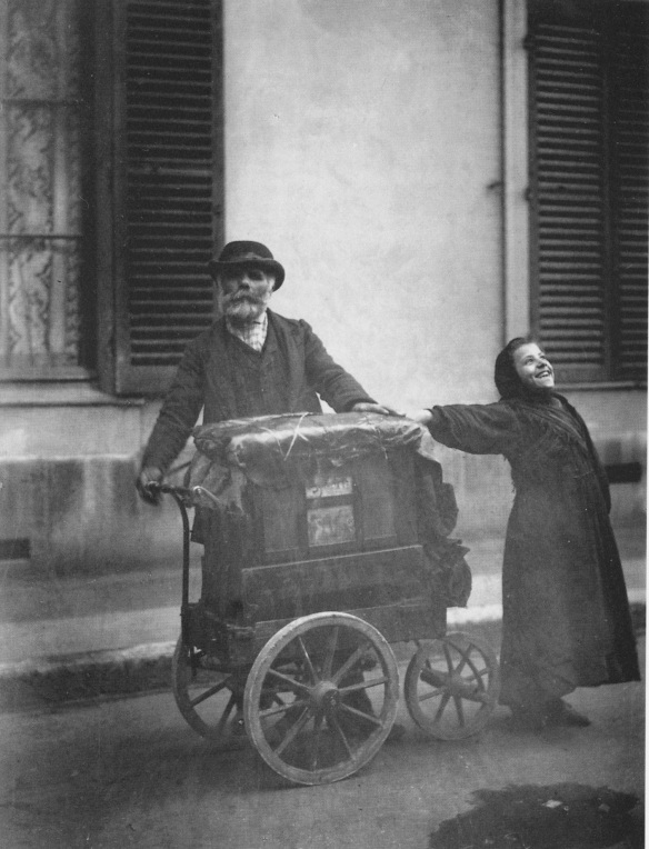 Eugène Atget - Organ Player and Singing Girl (1898)