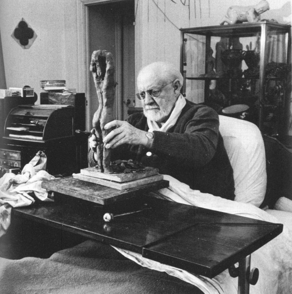 Photo by Dmitri Kessel: Matisse modeling in clay in 1951, age eighty-two